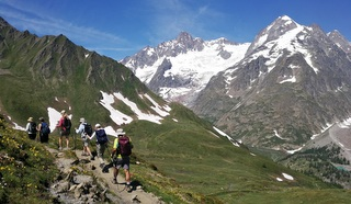Mix hiking with cultural activities on a Hedonistic Hiking tour